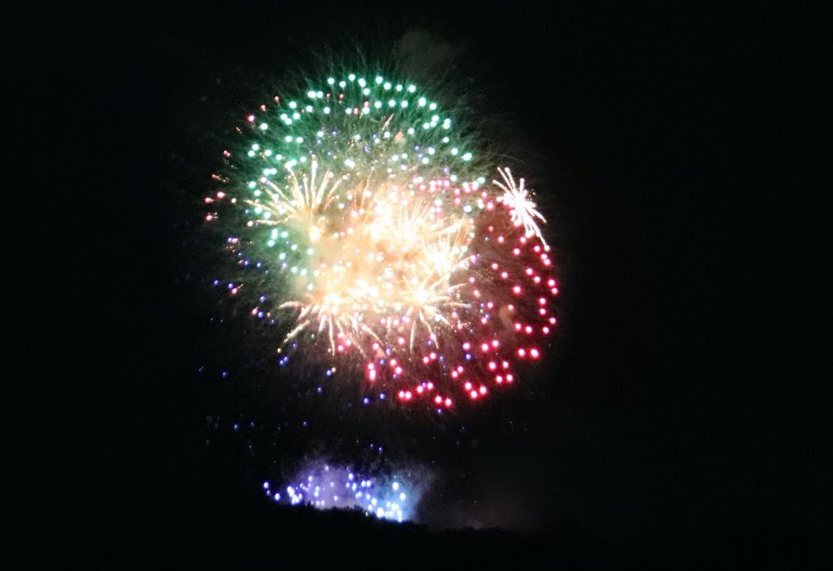 第二回秋川流域花火大会で打ち上がった花火