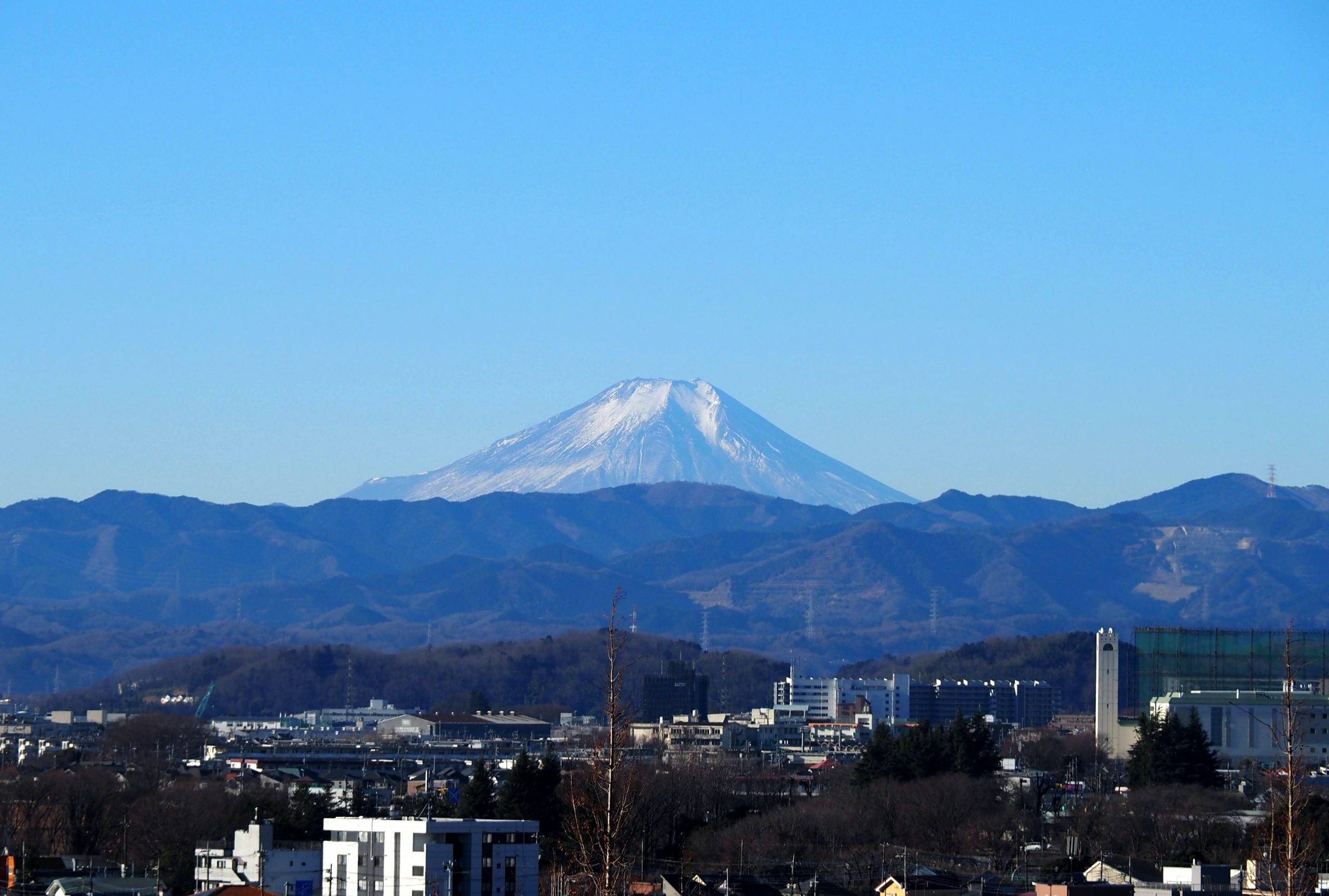 瑞穂ビューパーク・スカイホールから見える富士山